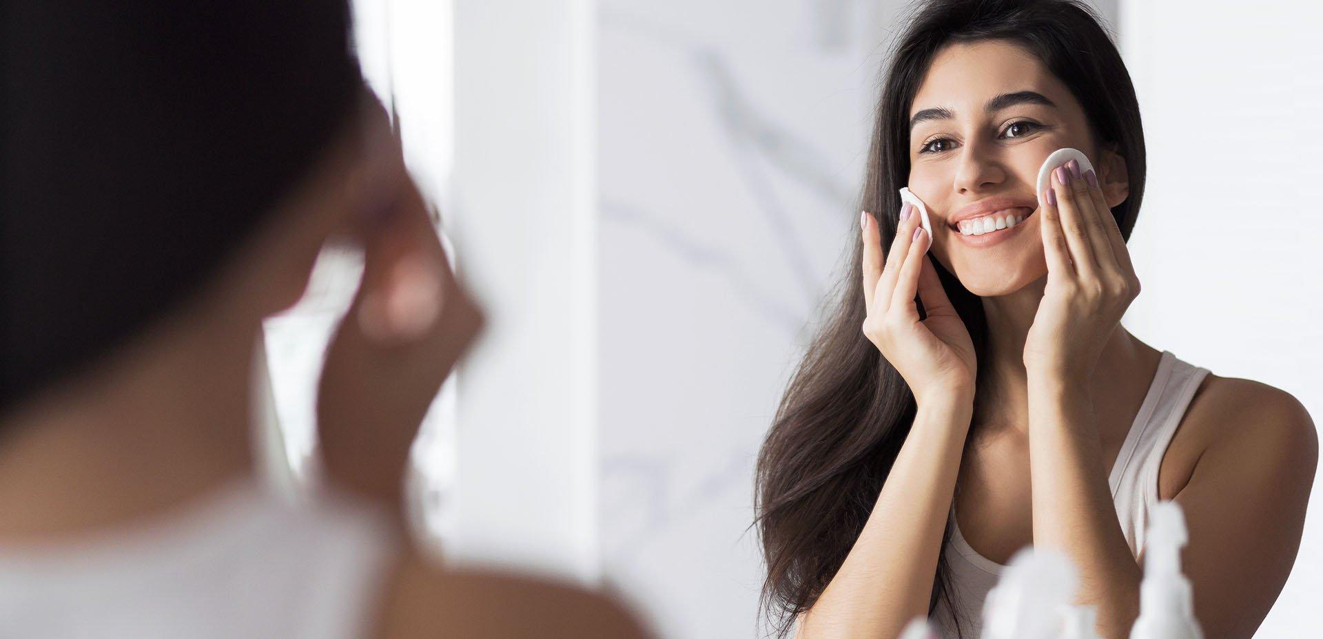 struccare e detergere la pelle