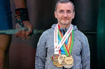 Mansur Gizatulin, Campione di sollevamento pesi vegetariano