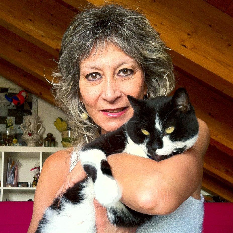 Luciana Baroni e gatti vegani