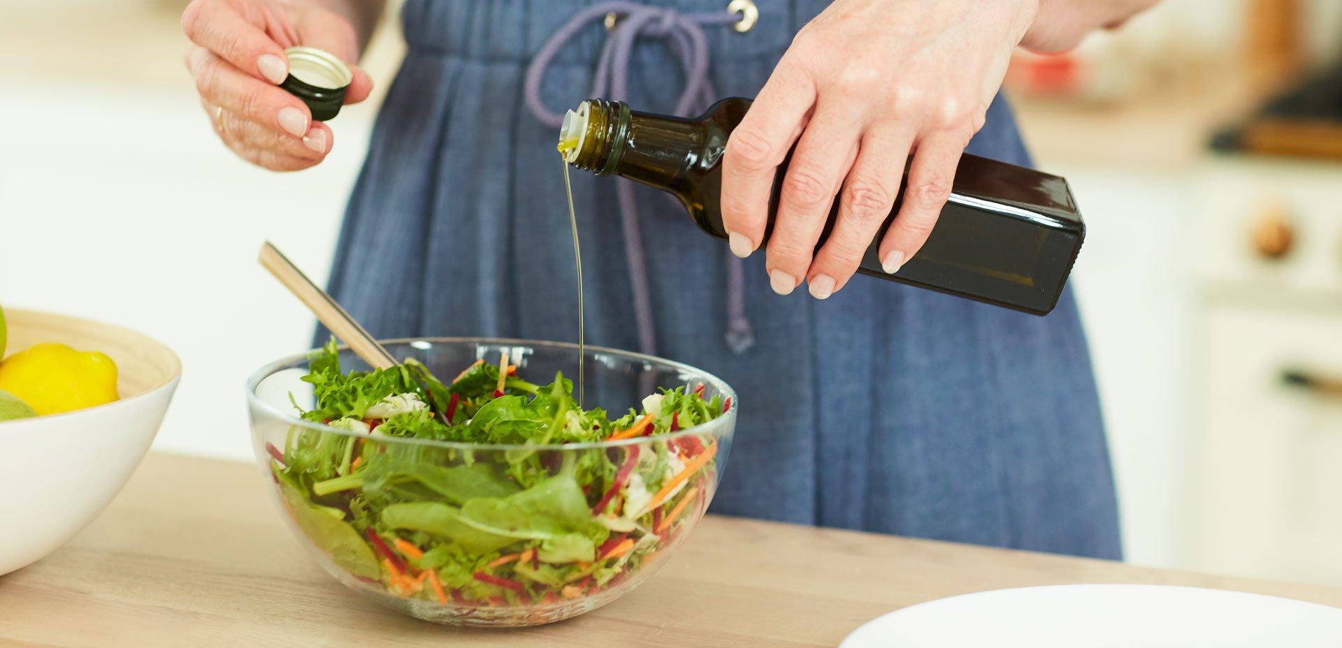 olio sull'insalata