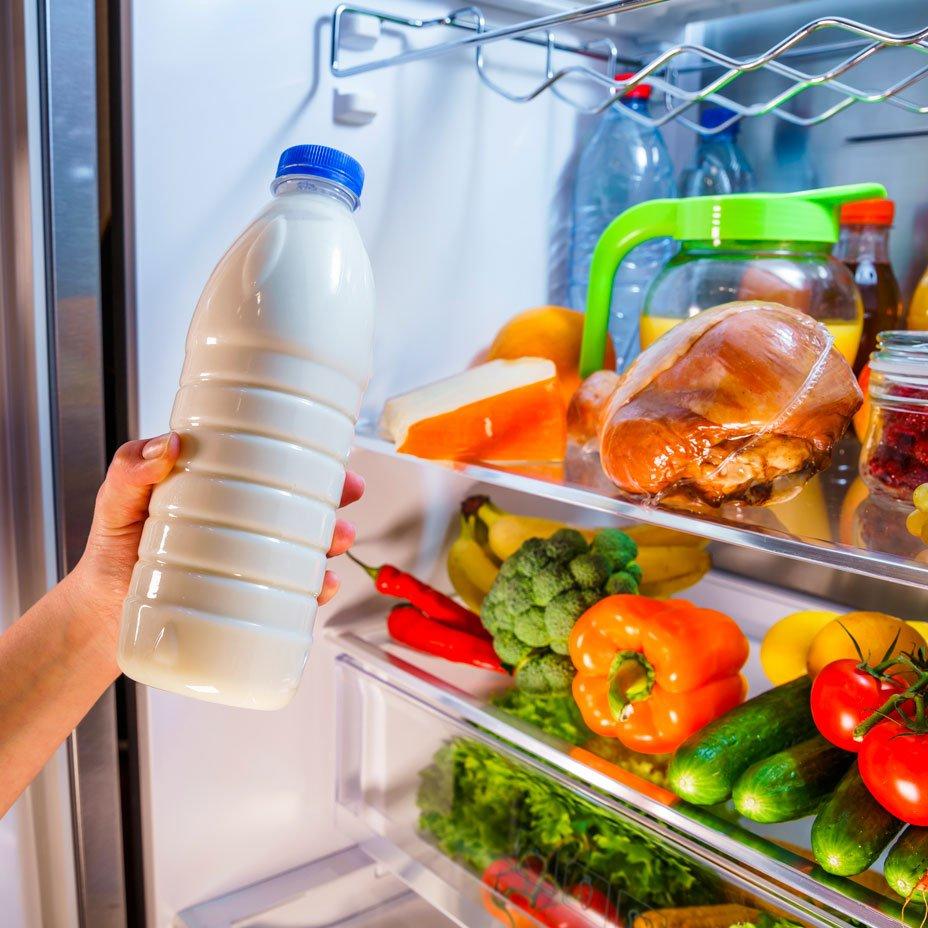 latte vaccino nel frigo