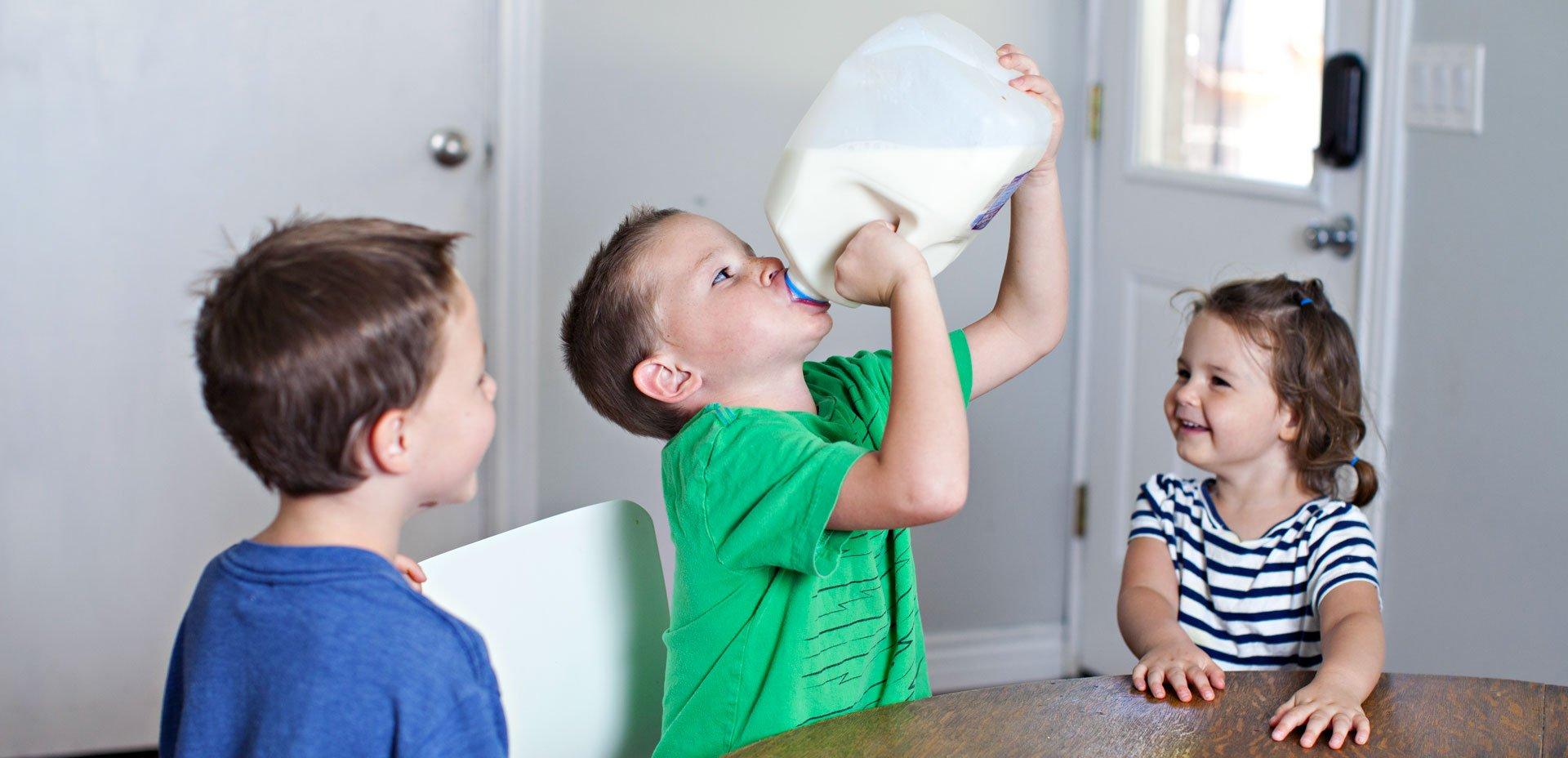 bambini e latte