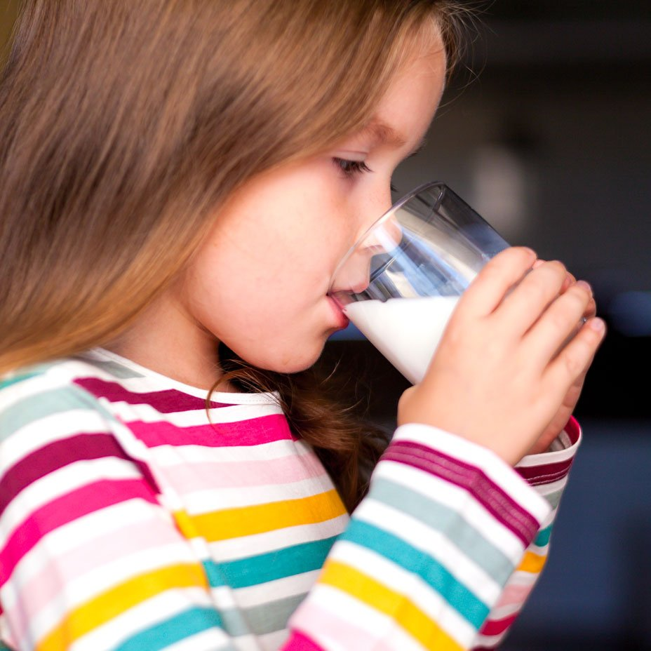 bambini e latte vaccino