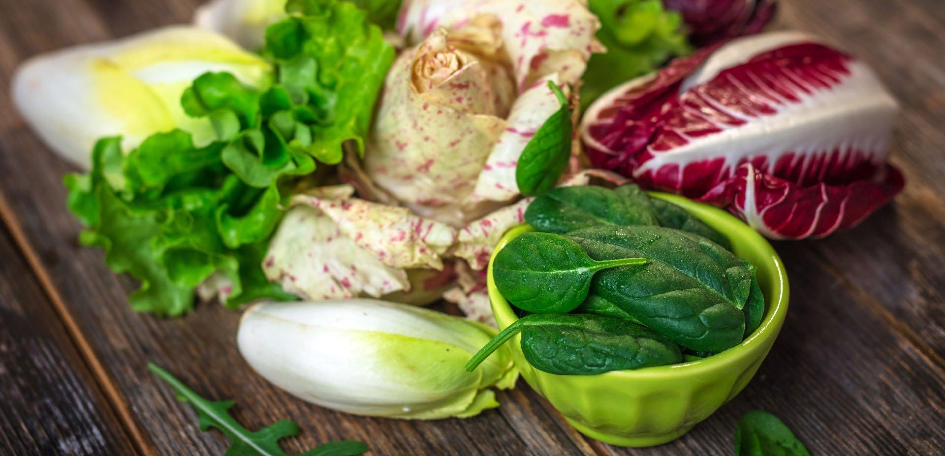 mangiare crudo: tipi di insalata