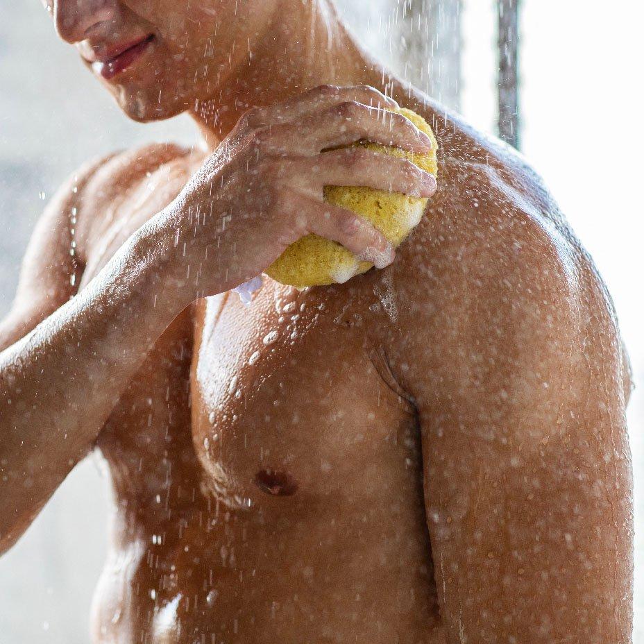 Routine naturale per uomo: gel doccia
