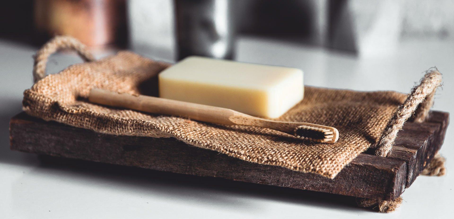 spazzolino e sapone ecologici