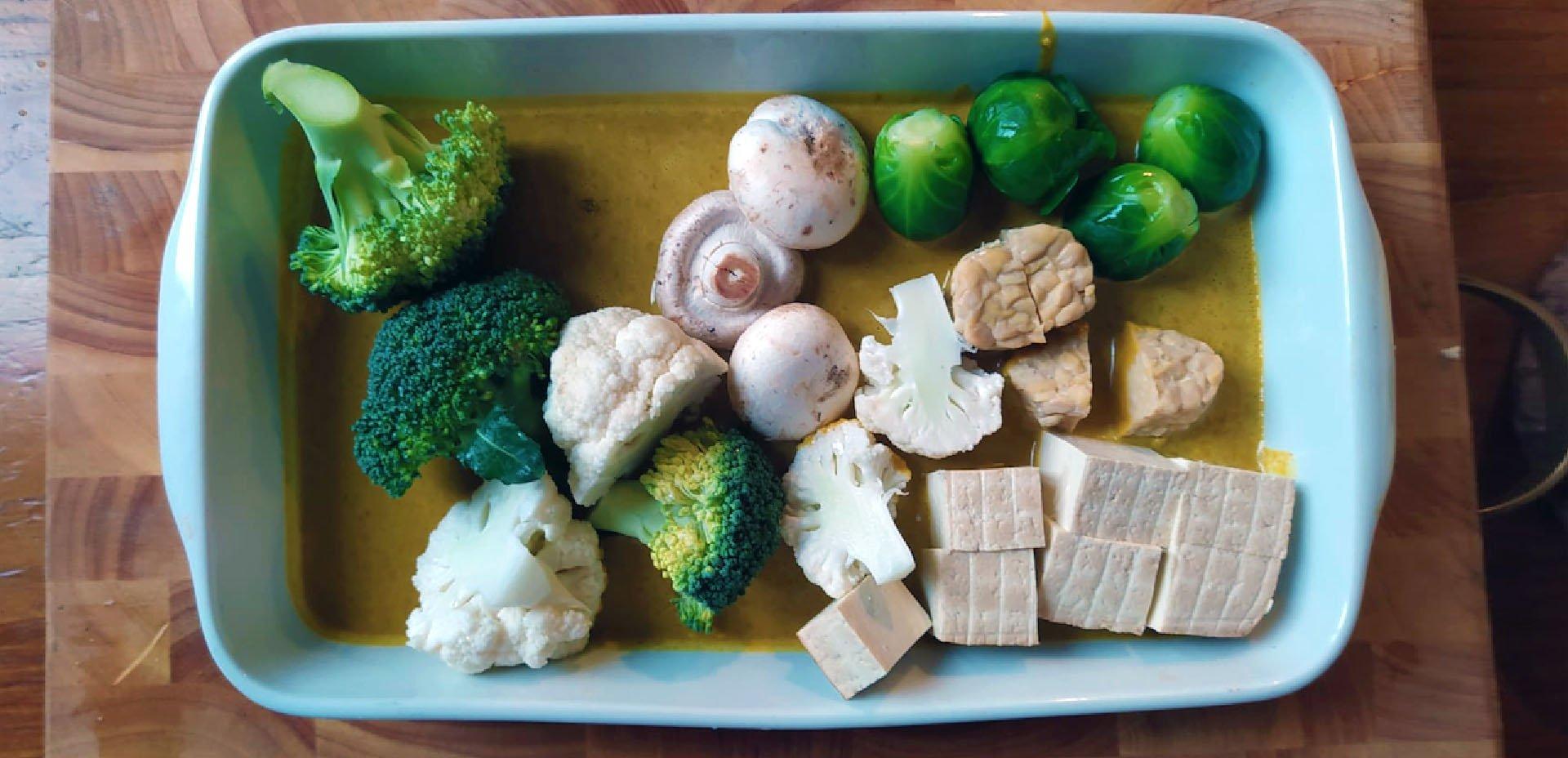 tofu, tempeh, verdure per gli spiedi