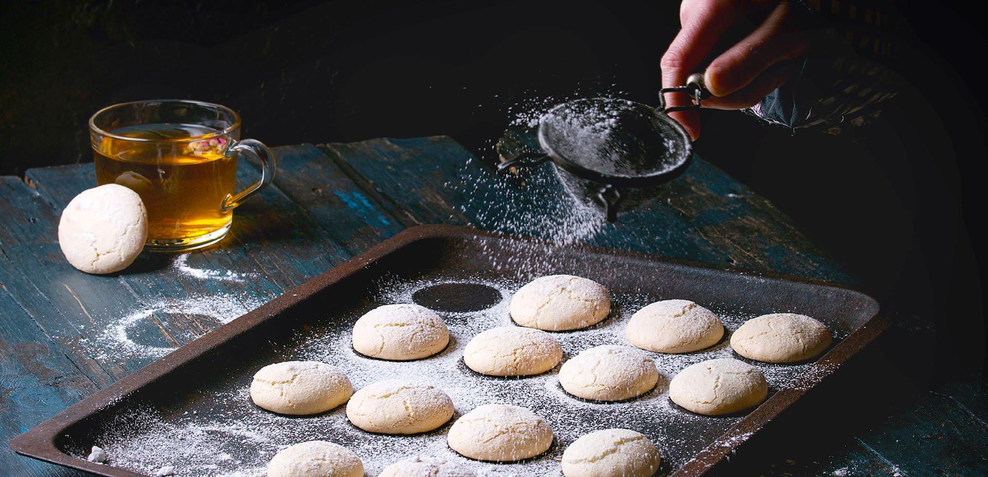 Zucchero a velo e biscotti
