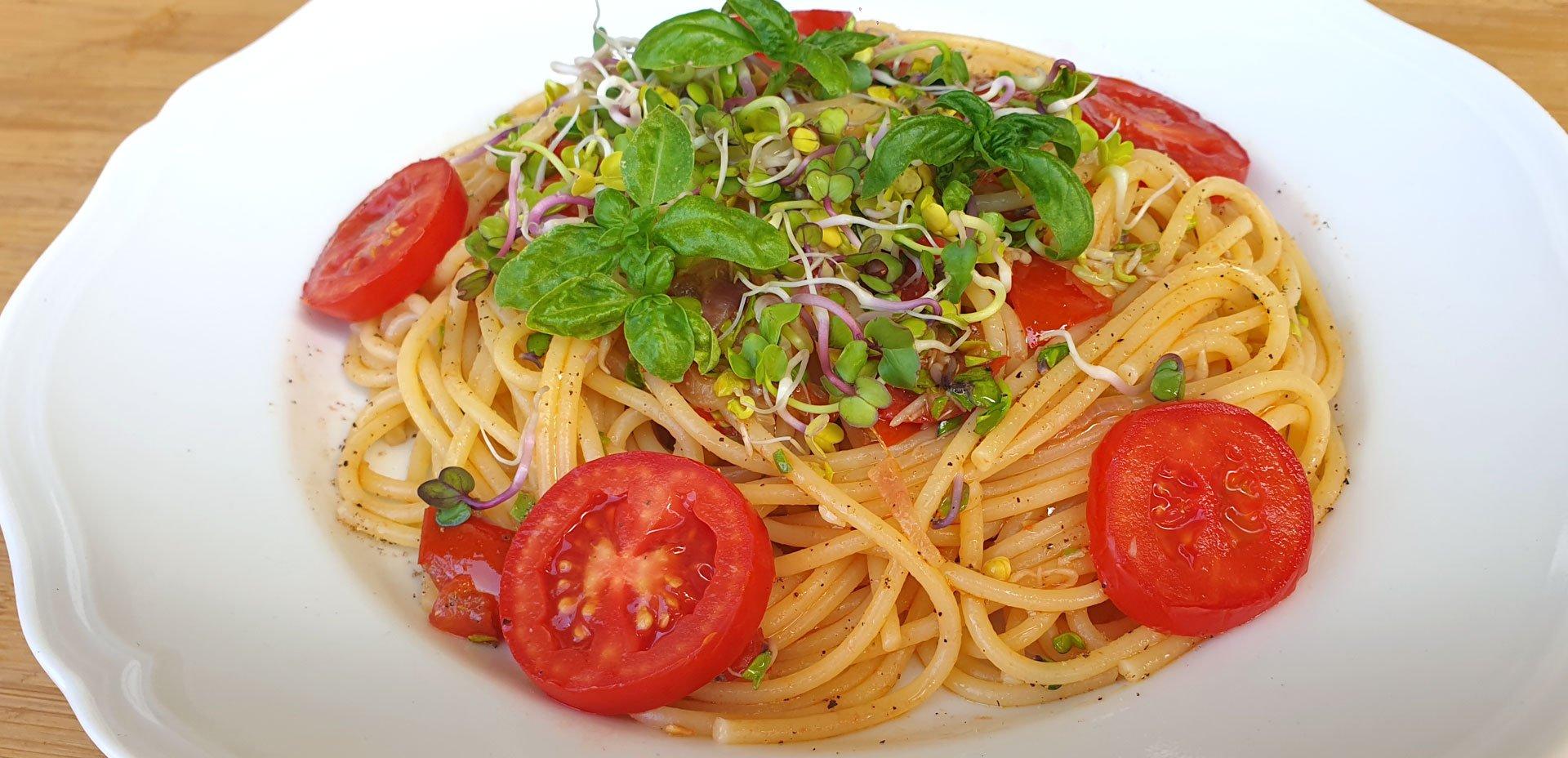 spaghetti e germogli