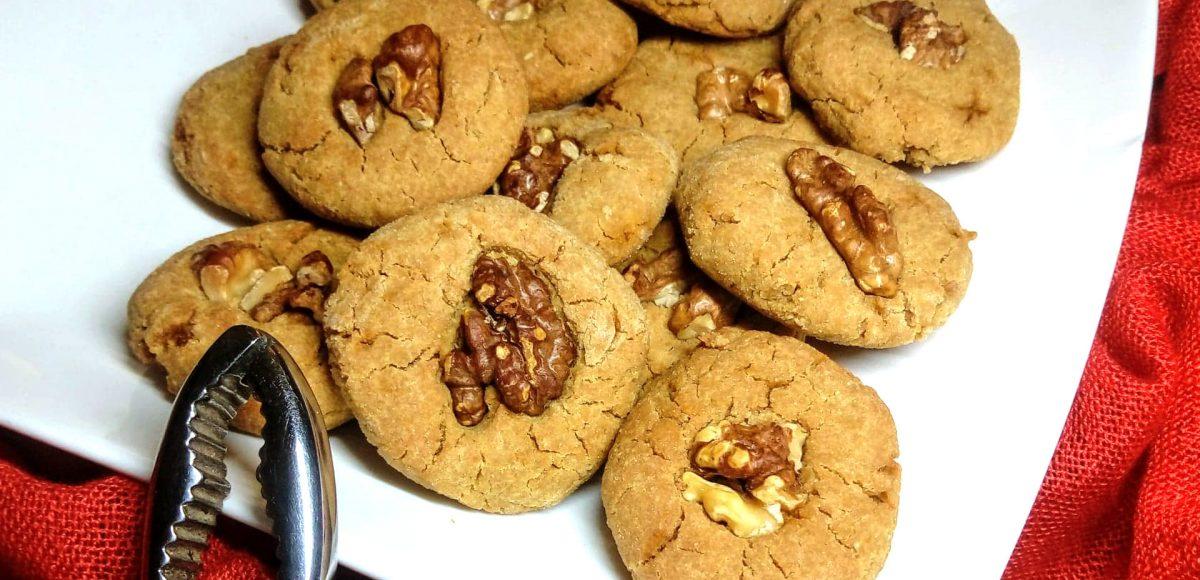 Biscotti di amaranto e noci