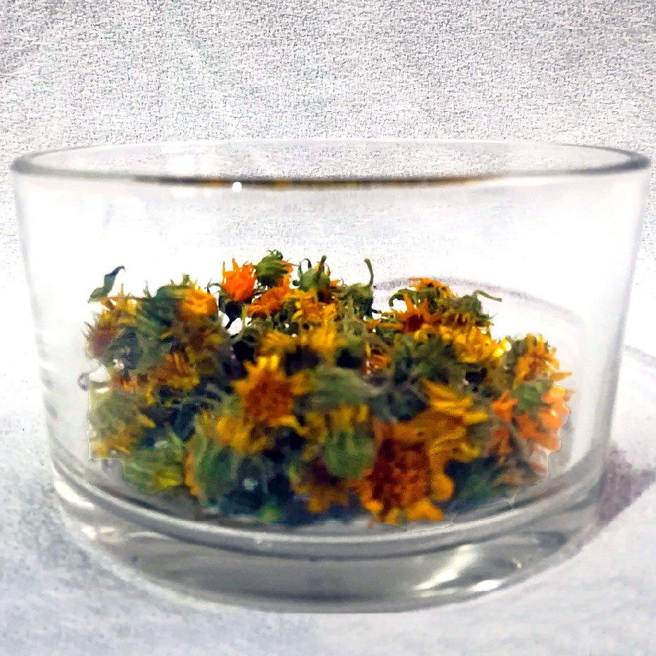 fiori di calendula essiccati