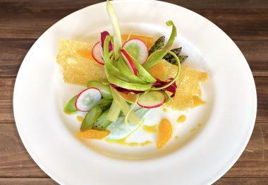 Gli asparagi, l'orto delle Delizie e il riso croccante