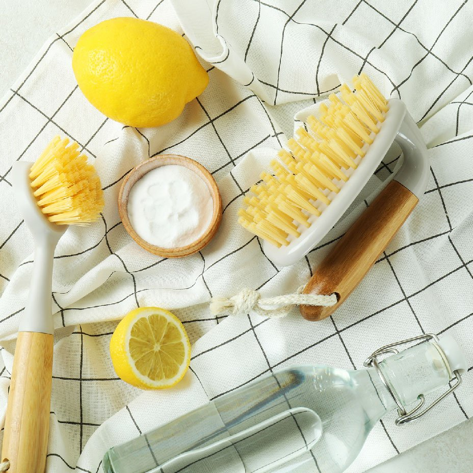 pulire la casa con prodotti naturali