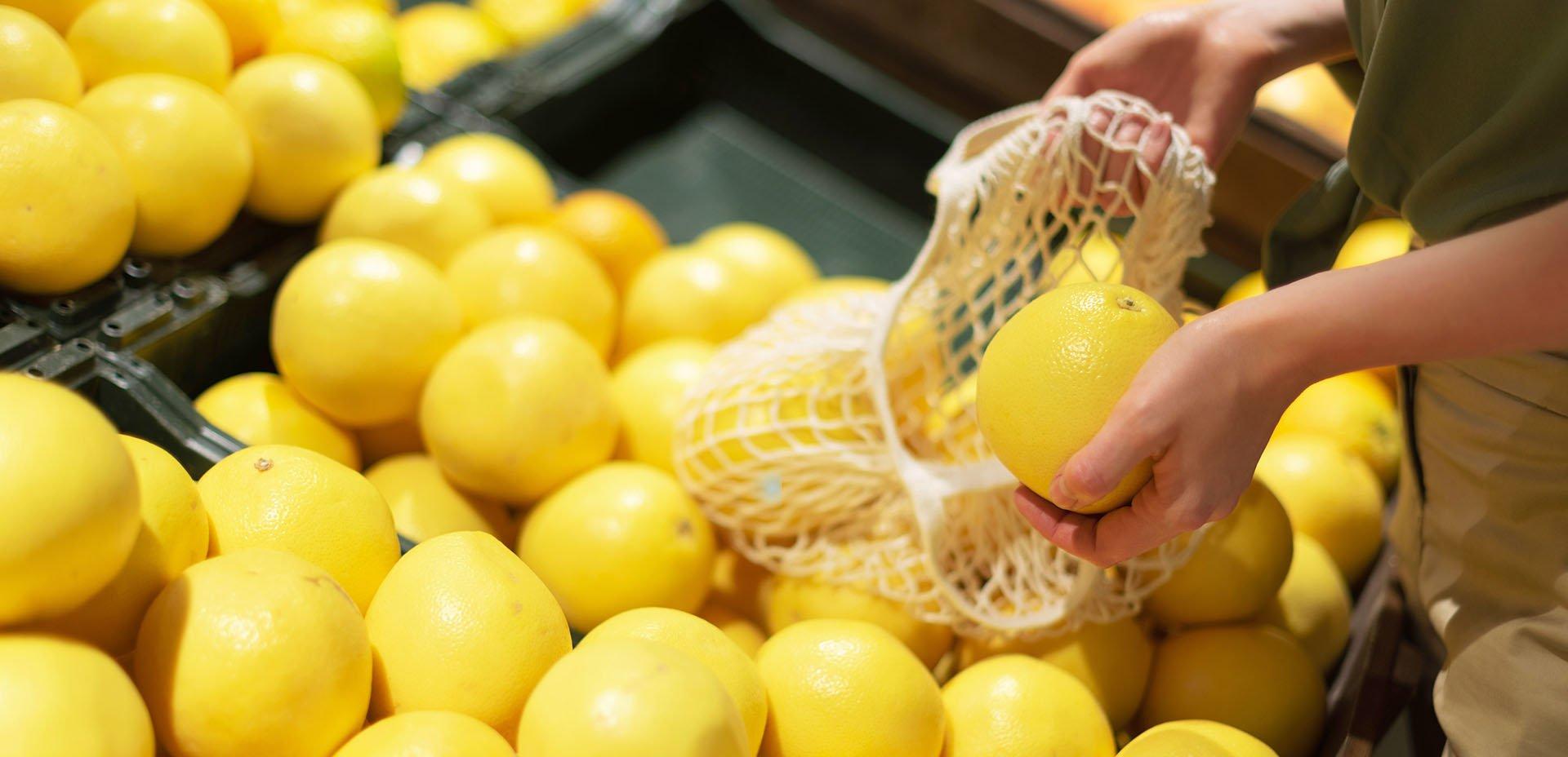 limoni al negozio