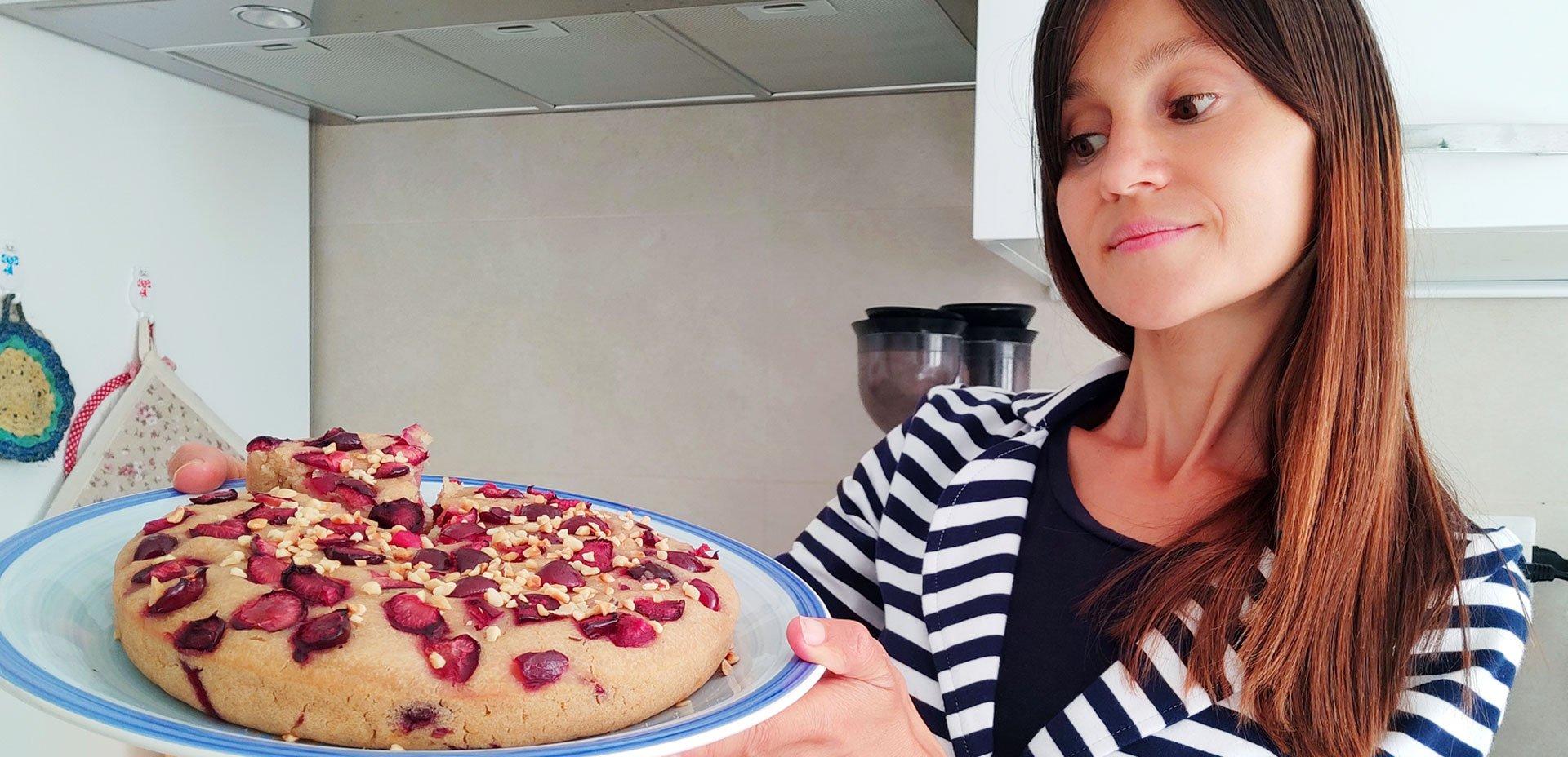 Isabella Vendrame e torta di riso integrale allo yogurt e ciliegie