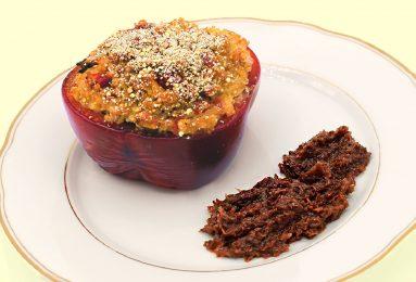 Peperoni ripieni di quinoa e tempeh