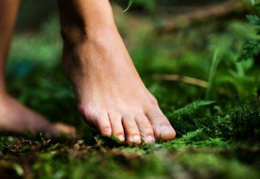 Earthing, grounding, barefooting